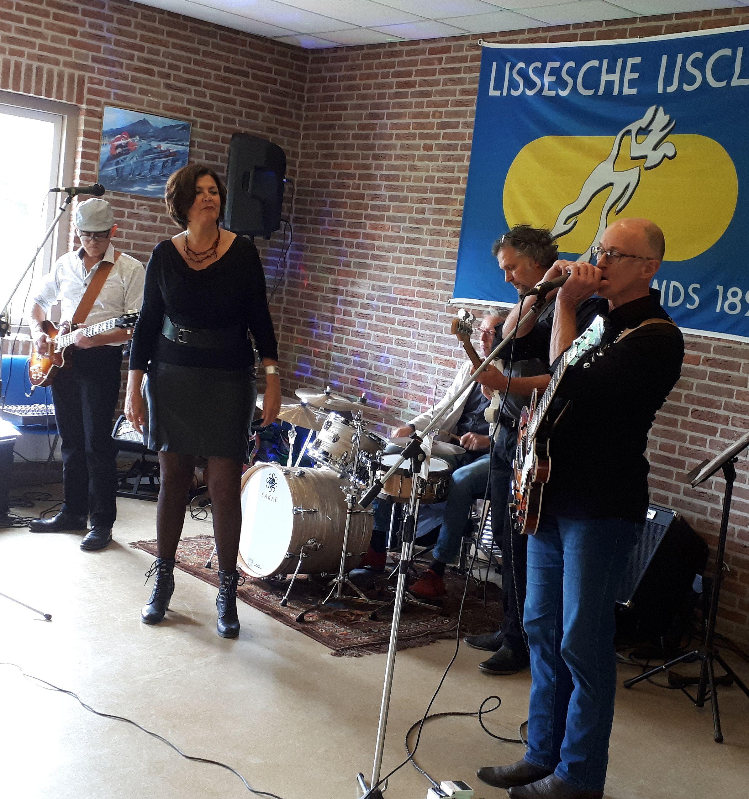 BA7 Lissesche IJsclub 2019 - diagonaal - Geke bluesharp
